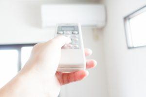 暖房器具として効率が良く、電気代や光熱費を抑えられるのはどれ?