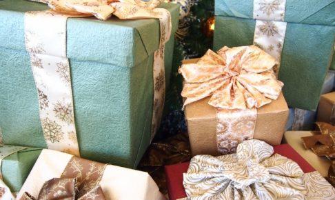 嫁 クリスマスプレゼント クリスマスのプレゼント交換!500円以下で大学生の男女に贈るものとは?
